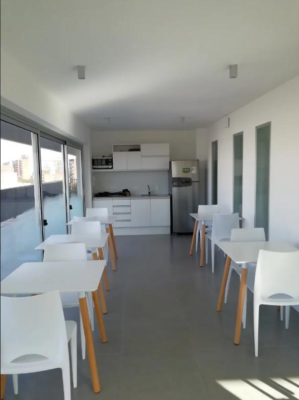 Apartamento-venta-En-Parque-Batlle-Como-A-Estrenar-1-dormitorio-1-bao-.png