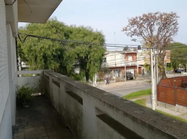 Casa-De-Altos-Venta-En-Malvin-2-Terrazas-con-1-parrillero.png