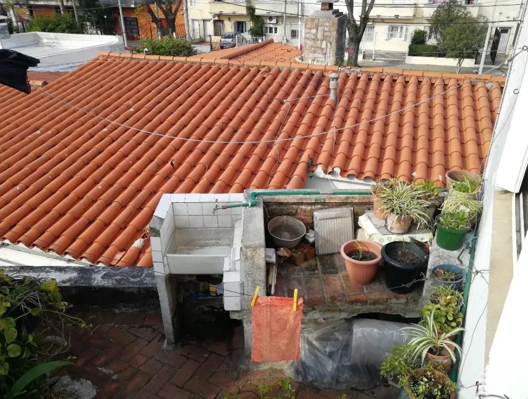 Casa-De-Altos-a-la-Venta-En-Malvin-2-Terrazas-1-parrillero.png