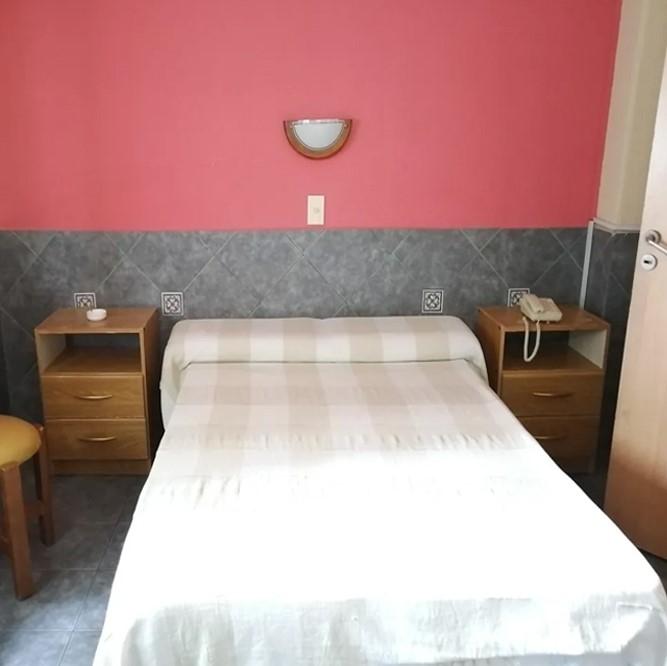 venta-hotel-3n-el-centro-montevideo-19-habitaciones.jpg